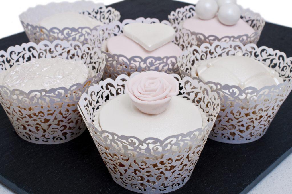 Pink & pearl cupcakes
